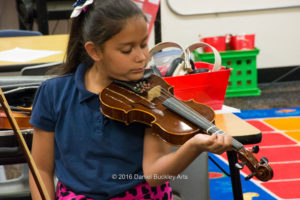girl-violin_dsc8929-sw-dba